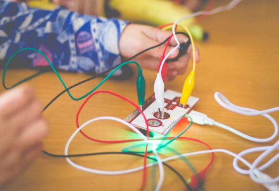 Jak rozpocząć naukę podstaw elektronicznych?